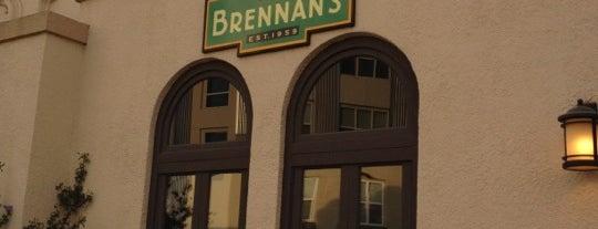 Brennan's Restaurant & Bar is one of สถานที่ที่ calixton ถูกใจ.