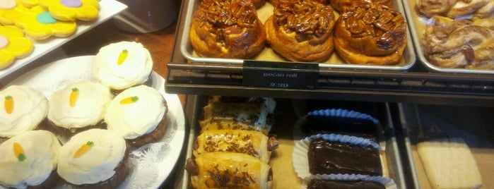 Panera Bread is one of สถานที่ที่ Anne ถูกใจ.