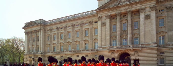 Palacio de Buckingham is one of London.