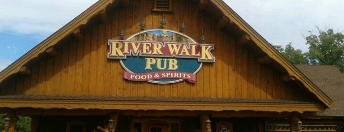 River Walk Pub is one of สถานที่ที่บันทึกไว้ของ CindyLou.
