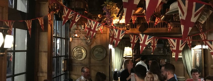 Mr Fogg's Tavern is one of London - Favorites.