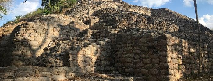 Sitio Arqueologico Itzamatul is one of สถานที่ที่ Ricardo ถูกใจ.