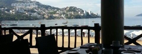 El Pescador is one of Acapulco.