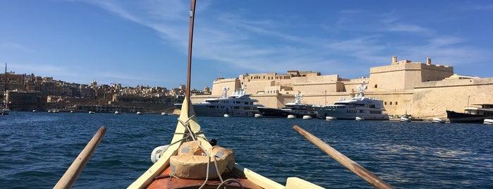 Taxiboat is one of Locais curtidos por Mirko.