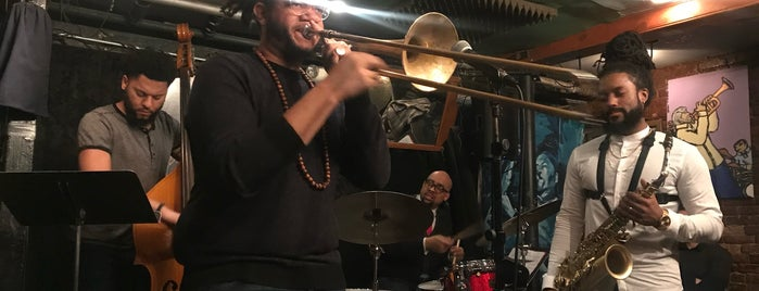 Smalls Jazz Club is one of MNZ 님이 좋아한 장소.