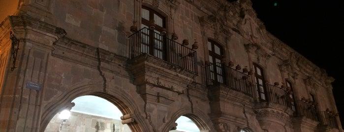 La Casa de Las visitas is one of Dolores.