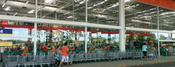 Atacadão is one of Supermercados.