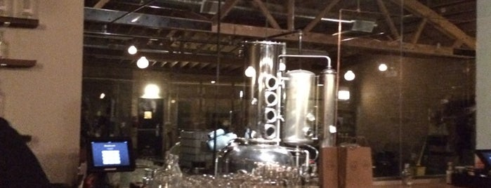 Chicago Distilling Company is one of Chitown.