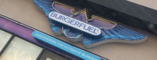 BurgerFuel is one of Lieux qui ont plu à Omar.