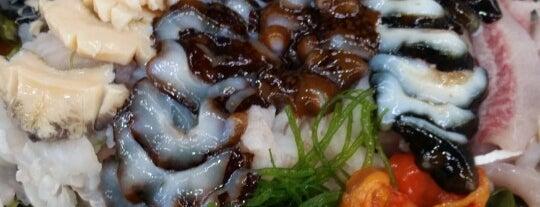 봉포머구리집 is one of Seafood.