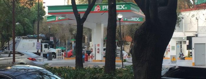 Pemex Veracruz is one of Lieux qui ont plu à Roberta.