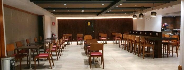 Hanaq VIP Lounge is one of Lugares favoritos de Giovo.
