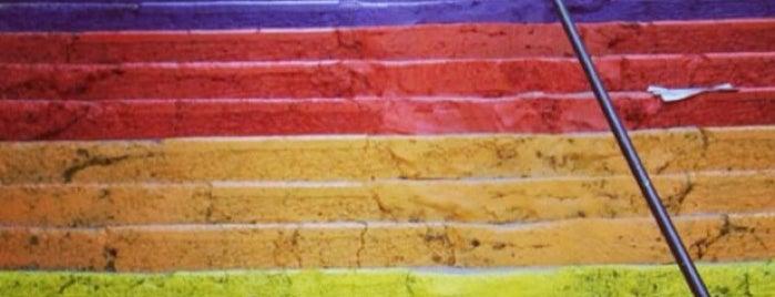 Rainbow Stairs - Gökkuşağı Merdivenleri is one of Martin's Saved Places.