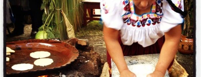 10 Encuentro de Cocina Tradicional Michoacán is one of Nath : понравившиеся места.