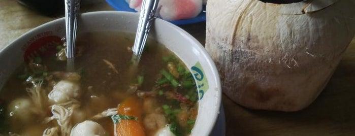 Dekko Mie Sop is one of Medan culinary spot.