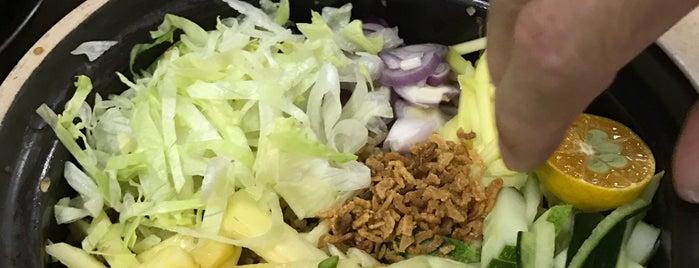 Megah 瓦煲鸡饭 is one of Gespeicherte Orte von Eddie.