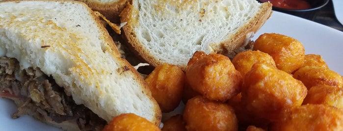Perfect Pear Bistro is one of Tempat yang Disukai Pam.