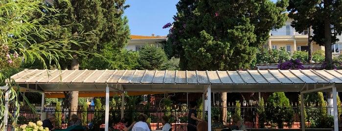 Adalar Cemevi Çay Bahçesi is one of Kahve & Çay.