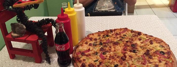 Mançiz Pizza is one of สถานที่ที่บันทึกไว้ของ Emre.