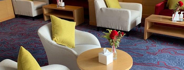 Le Méridien Club Lounge is one of Lugares favoritos de Alexej.