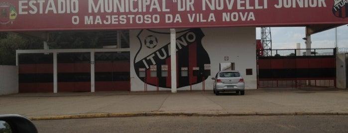 Estádio Municipal Dr. Novelli Júnior is one of Lieux qui ont plu à Pedro.