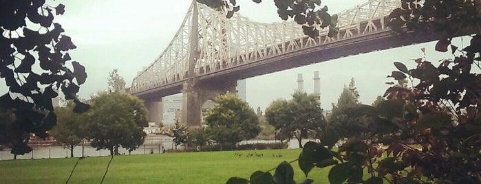 Roosevelt Island Bridge is one of NEW YORK CITY : Manhattan in 10 days! #NYC enjoy.