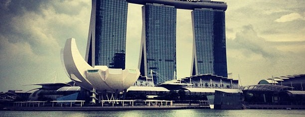 Marina Bay Downtown Area (MBDA) is one of Jas' favorite urban sites.
