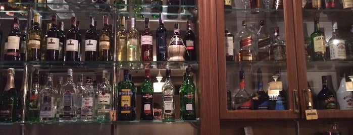 Premium Restaurant is one of Lugares guardados de Julka.