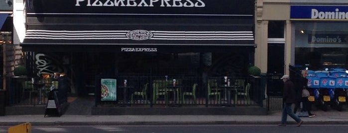 PizzaExpress is one of Orte, die Aisha gefallen.