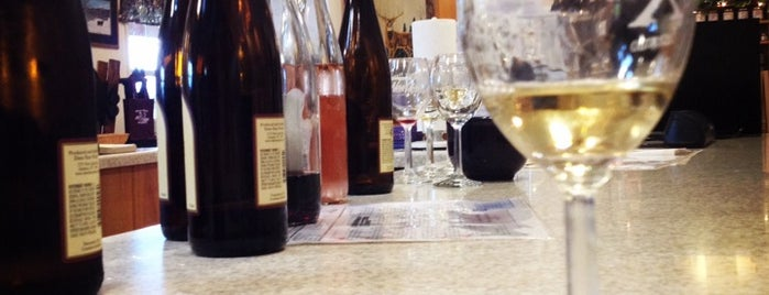 Deer Run Winery is one of Places to check out in Rochester.
