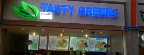 Tasty Greens is one of Comida :).