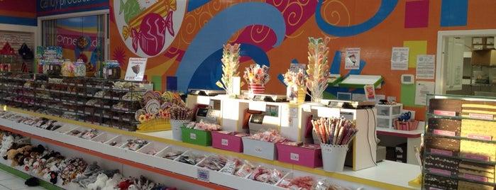 Candy Kitchen is one of Gespeicherte Orte von Alexandra.