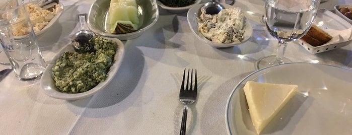 Cunda Balık Restaurant is one of Sina'nın Beğendiği Mekanlar.
