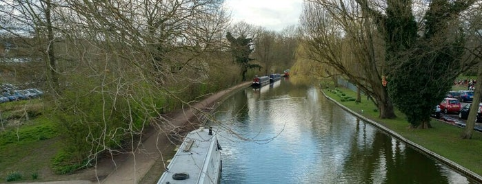 Grand Junction Canal Berkhamsted is one of Carl 님이 좋아한 장소.