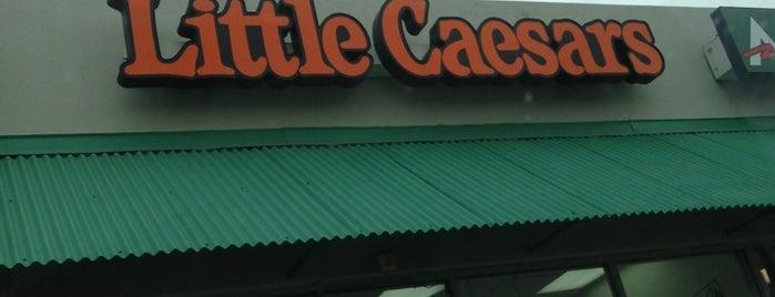 Lil Caesars is one of Lieux qui ont plu à Rita.