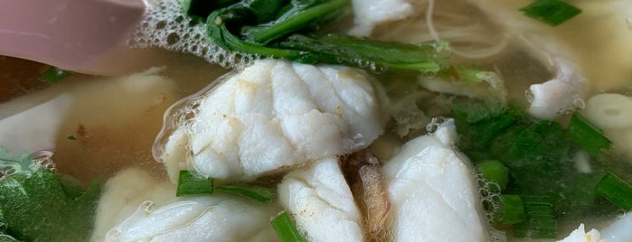 第一街潮州鱼汤 First Street Teochew Fish Soup is one of Locais salvos de Gerry.