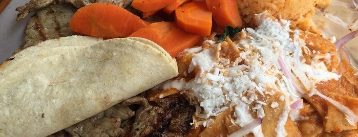 Burrito's Grill is one of Tempat yang Disukai Carlos.