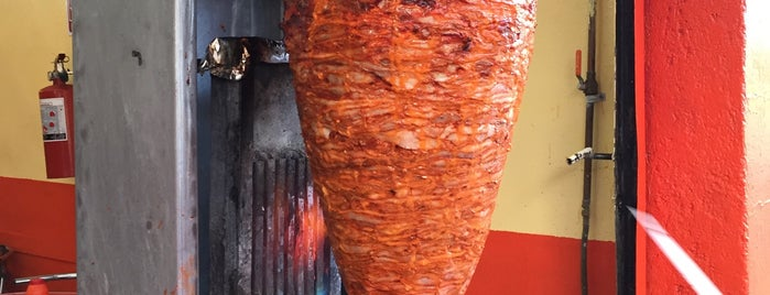 Tacos el chaparrito is one of สถานที่ที่ Bob ถูกใจ.