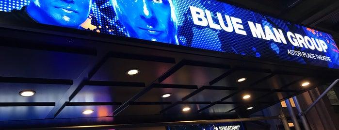 Blue Man Group is one of John'un Beğendiği Mekanlar.