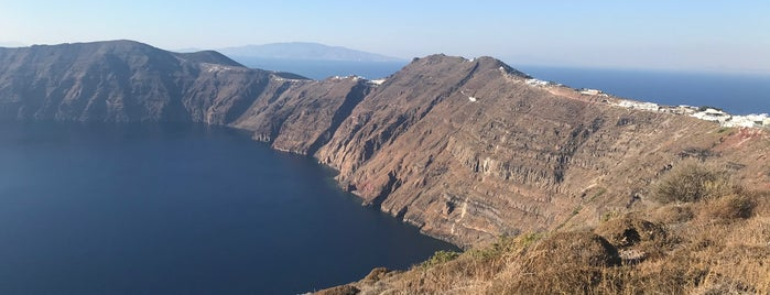 Fira to Oía Trail is one of Around the World Suggestions - Europe.