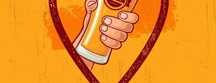 Hanson Beer Company is one of Terrazas/Aire libre/Patio.