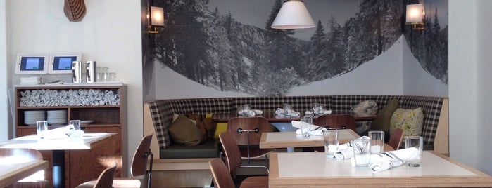 Little Pine Restaurant is one of Gespeicherte Orte von Salla.