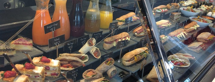 Gourmet Garage Sandwich & More is one of İstanbul Etiket Bonus Mekanları Anadolu Yakası.