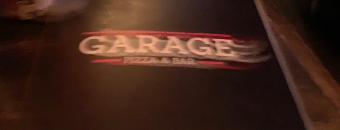 Garage is one of Locais salvos de Aline.
