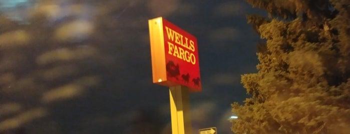 Wells Fargo is one of Kristen'in Beğendiği Mekanlar.