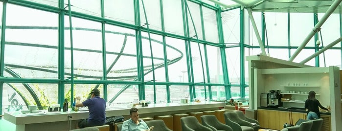 Dnata Skyview Lounge is one of 今まで行った空港ラウンジ(Airport Lounge).