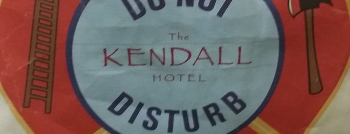 Kendall Hotel is one of Lugares favoritos de Jennifer.
