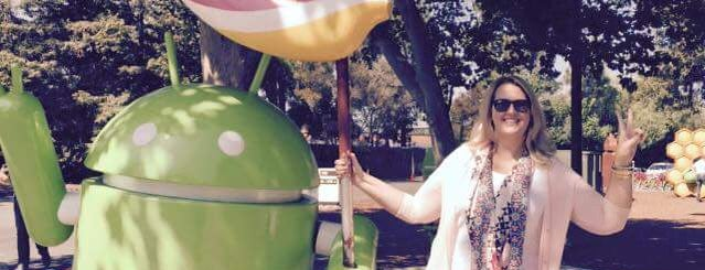 Android Lawn Statues is one of Lugares favoritos de Jennifer.