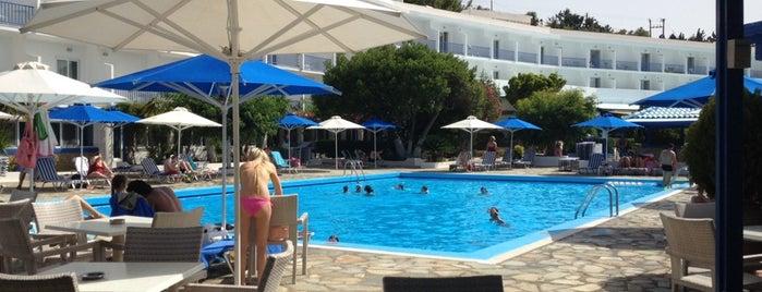 Delphi Beach Hotel Erateini is one of Ifigenia: сохраненные места.