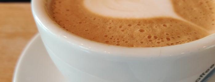 C.U.P. Speciality Coffee & Tea is one of Richard'ın Beğendiği Mekanlar.